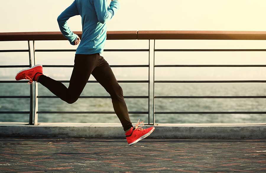 شلوار ورزشی زنانه ای برای دویدن